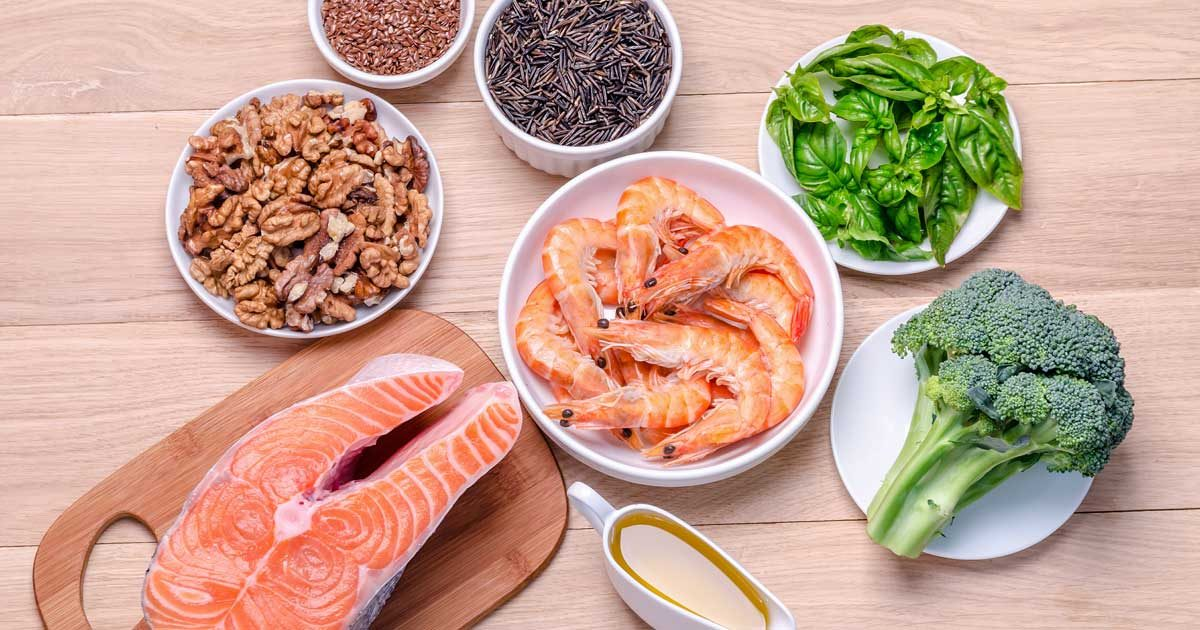 How fish and omega 3 fatty acids help lower your cholesterol for Is fish high in cholesterol